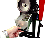 EQUILAB EQJ-100 Jaw Crusher crushed sample collection box